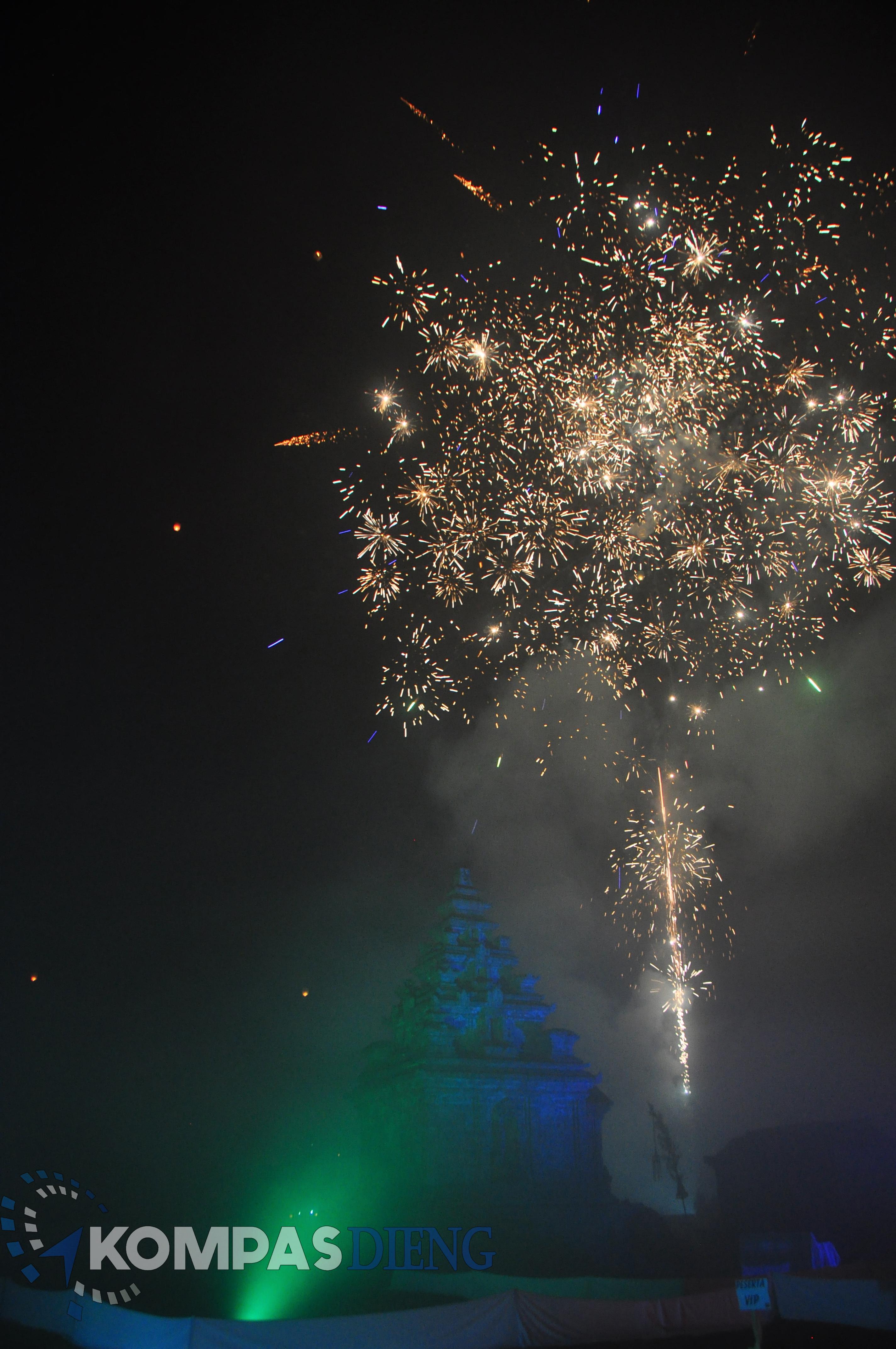 Spesial Paket Wisata Dieng Liburan Natal Dan Tahun Baru 7 Hari 7